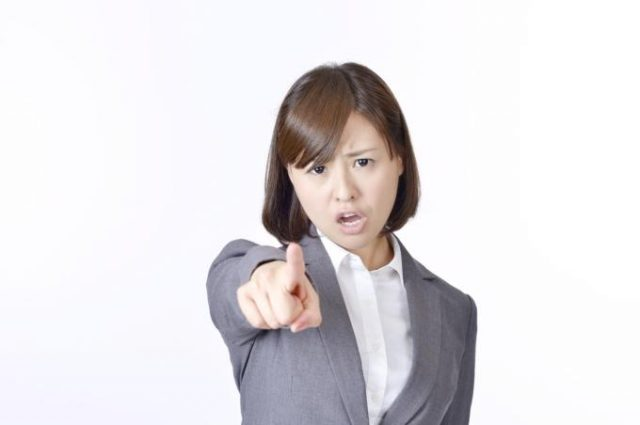 【コールセンター仕事術】ベテランオペレーターでも普通にやってるお客様を「イラッ」とさせる残念な話し方4選