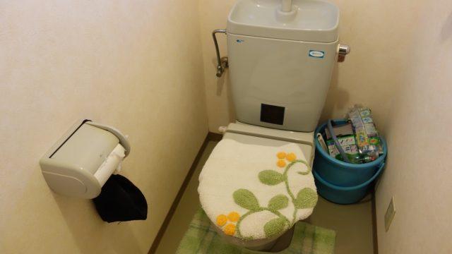 2分54秒でトイレ掃除を終わらせる方法。パパ、これくらいできなきゃカッコ悪いよ!